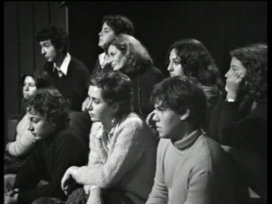 Meri in mezzo agli allievi del Liceo Unitario Sperimentale, studio RAI, Roma, 1976